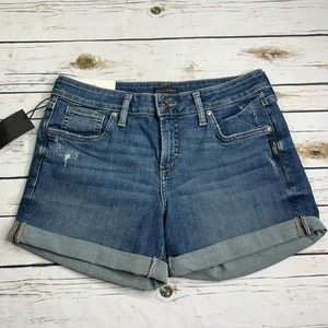 NWT Silver Jeans Boyfriend Short 29